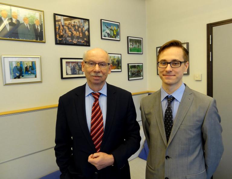 A la izquierda, Janusz Lewandowski, MEP con Filip Jarosz. ECMD